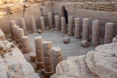 Kolommen van een opgegraven tempel dichtbij Kerma in de Soedan, Afrika royalty-vrije stock afbeeldingen
