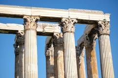 Kolommen van Griekse tempel stock afbeelding
