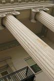 Kolommen van oud gerechtsgebouw Royalty-vrije Stock Afbeelding