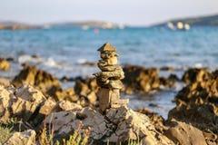 Kolommen, van stenen worden opgemaakt die stock afbeelding