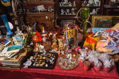 Kolomna, Russie - 3 janvier 2017 : La gamme du marché aux puces, conçue pour des touristes visitant la ville Kremlin Photographie stock libre de droits