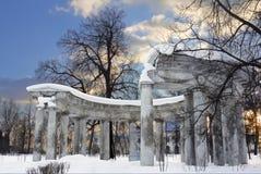 Kolonada Apollo in Pavlovsk royalty-vrije stock fotografie