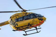 Kolonia nrw, Germany,/- 22 02 19: adac sanitariusza ratuneku helikopter przy cologne Bonn lotniskiem Germany fotografia royalty free