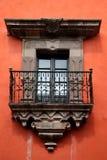 Koloniaal balkon. royalty-vrije stock afbeelding