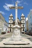 Koloniaal Christian Cross in Pelourinho Salvador Bahia Brazil stock foto's
