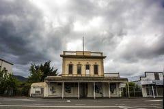 Kolonial byggnad i Featherston, Wairarapa, Nya Zeeland Royaltyfri Fotografi