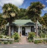Kolonial stuga, Greytown, Wairarapa, Nya Zeeland Royaltyfri Foto