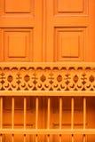 Koloniale deurclose-up Royalty-vrije Stock Afbeeldingen