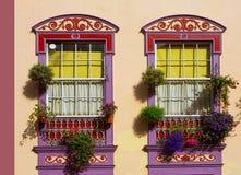 Koloniale het huisvoorgevels van Santa Cruz de La Palma royalty-vrije stock afbeeldingen