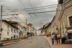 Kolonialne ulicy Quito obrazy stock