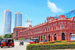 Kolonialny budynek i world trade center, Sri Lanka Kolombo Zdjęcie Royalty Free