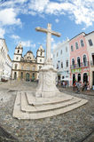 Koloniinvånare Christian Cross i Pelourinho Salvador Bahia Brazil Arkivfoton