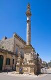 Kolonn av Madonna delle Grazie. Maglie. Puglia. Italien. royaltyfria bilder