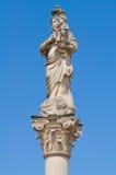 Kolonn av Madonna delle Grazie. Taurisano. Puglia. Italien. royaltyfria foton