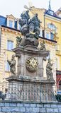 Kolonn för helig Treenighet - monument av skulptören Oswald Josef Wenda royaltyfria foton