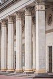 Kolonn som delen av arkitekturen och ett symbol av service Arkivfoton