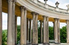 Kolonnad från det 18th århundradet i Potsdam Arkivbilder