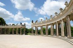 Kolonnad från det 18th århundradet i Potsdam Royaltyfria Bilder