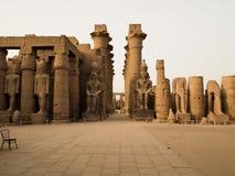 Kolonnade von Amenhotep II in Luxor Stockbild