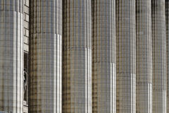 Kolonner av den Madeleine kyrkan i Paris Royaltyfri Bild