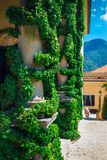 Kolonner av Loggia di Balbianello på villan Balbianello Royaltyfri Bild