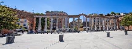 Kolonner för Colonne di San Lorenzo Saint Lawrence ` s i Milan, Italien royaltyfria foton