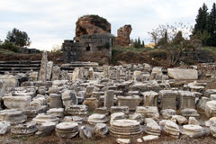 Kolonner i Ephesus Royaltyfri Fotografi