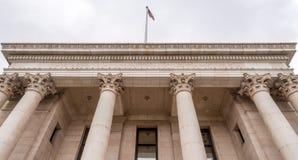 Kolonner på den historiska Washoe County domstolsbyggnaden Royaltyfri Bild