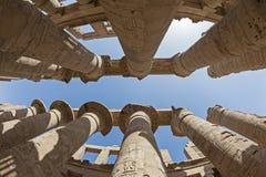 Kolonner på det Karnak tempelet i Luxor Fotografering för Bildbyråer