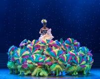 kolorów żółtych kurczątka - dziecko taniec Fotografia Royalty Free