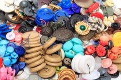 Kolorów guziki dla odziewają Fotografia Royalty Free