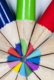 Kolorów ołówków kurenda Patern fotografia stock