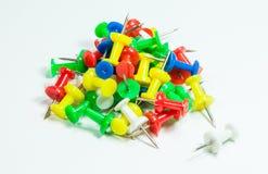Kolorów Thumbtacks Zdjęcia Royalty Free