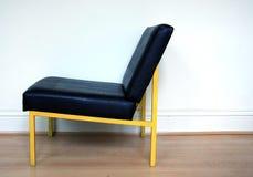 Kolor żółty obramiający krzesło Zdjęcie Royalty Free