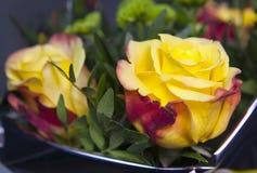 Kolor żółty róża w bukiecie Fotografia Stock