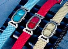 kolor jest zegarka kobieta zdjęcia stock