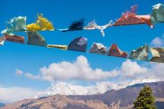 Kolor modlitwa zaznacza na górze w Nepal fotografia stock