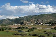 Kolorado-Gebirgsnachbarschaft Stockfotos