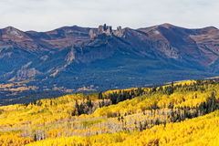 Kolorado jesieni sceneria - Ohio przepustka zdjęcia royalty free