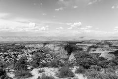 Kolorado Krajowy zabytek i Książkowe falezy w monochromu Zdjęcie Stock