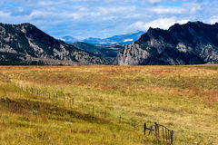 Kolorado rancho Przeciw pogórzom Skaliste góry Obrazy Royalty Free