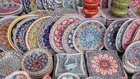 Kolorowa ceramika na słynnym rynku ulicznym Campo di Fiori zbiory
