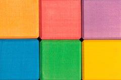 Kolorowa drewniana sześcian ściana jako tło Obrazy Royalty Free