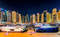 Kolorowa Dubai marina linia horyzontu, Dubaj, Zjednoczone Emiraty Arabskie Fotografia Royalty Free