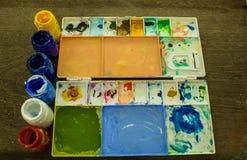 Kolorowa farba w round butelkach Zdjęcie Royalty Free
