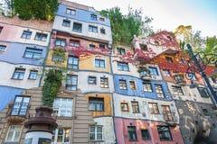 Kolorowa fasada sławny Hundertwasserhaus wewnątrz fotografia royalty free