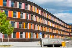 Kolorowa fasadowa Federacyjna środowisko agencja w Dessau obrazy stock