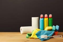Kolorowa grupa cleaning dostawy na ciemnym tle Obraz Royalty Free