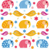 Kolorowa ilustracja z słoniem i ptakiem Obrazy Royalty Free