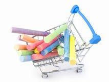 Kolorowa kreda na chromu wózek na zakupy fotografia stock
